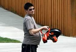 Pregnantman404_672373c